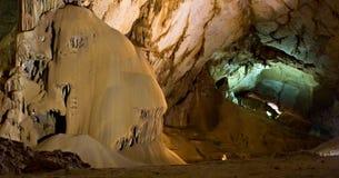 grotta Arkivbild