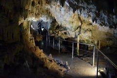 Grotta av Diros, Grekland royaltyfri fotografi