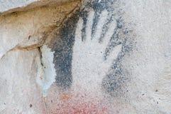 Grotta av händerna - Argentina royaltyfri fotografi