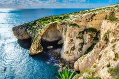 Grotta blu, Malta una dei punti di riferimento naturali Fotografia Stock Libera da Diritti