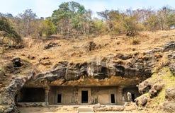 Grotta inga 4 på den Elephanta ön nära Mumbai, Indien Royaltyfri Fotografi