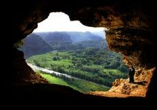 grottafönster Arkivfoto