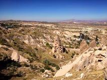 Grottahus, Uçhisar, Turkiet arkivfoton