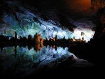 grottastalactite Fotografering för Bildbyråer