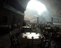 grottatown arkivbilder
