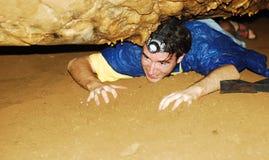 grottaundersökning Arkivbild