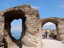 Grotte di Catullo,西尔苗内,加尔达湖 免版税库存图片
