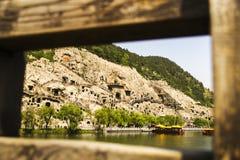 Grotte di Longmen, Luoyang, Cina fotografia stock
