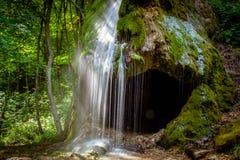Grotto, ένας τεχνητός καταρράκτης Malievtsy, περιοχή Khmelnitsky, Στοκ Φωτογραφίες