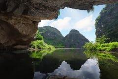 grotto Arkivfoton