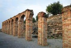 Grotto di Catullo废墟, Sermione,意大利 免版税图库摄影
