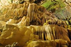 Beautifbeautiful grottor i nationalparken thailand Arkivbild