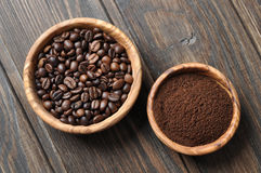 Ground coffee and coffee beans Royalty Free Stock Image