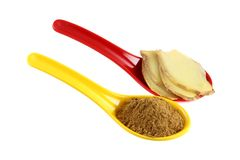 Ground (powder) and Freshly sliced Ginger root Royalty Free Stock Image