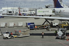 Ground Workers Preparing Jet For Departure Royalty Free Stock Photos