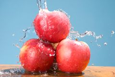 Group of apple with cool splash Royalty Free Stock Photography