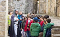Group of children explores Castelo s. Jorge in Lisbon Stock Photo