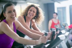 Group of people running on treadmills Royalty Free Stock Images
