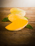 Group of ripe mangoes Royalty Free Stock Image