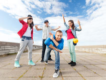 Group of teenagers dancing Royalty Free Stock Images