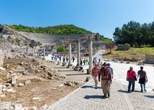 A group of tourists in Ephesus Turkey on April 13, 2015 Royalty Free Stock Photos