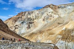 Group of tourists Inside the crater of the Mutnovsky volcano Stock Photography