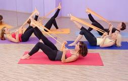 Groupe CHAUD de pilates d'aérobic Images stock