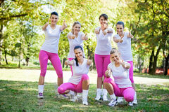Groupe d'équipe sorty de filles Photo stock