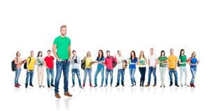Groupe d'étudiants adolescents d'isolement sur le blanc Photos stock