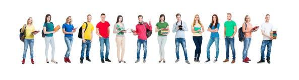 Groupe d'étudiants adolescents d'isolement sur le blanc Images libres de droits