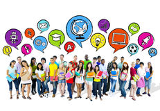 Groupe d'étudiants aspirants de lycée photos libres de droits