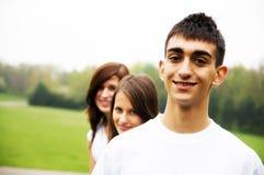 Groupe d'adolescents photos libres de droits