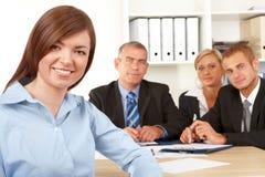 Groupe d'affaires lors du contact Image libre de droits