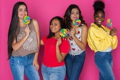 Groupe d'amis de l'adolescence Photographie stock libre de droits