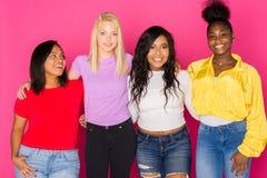 Groupe d'amis de l'adolescence divers Images libres de droits