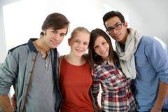 Groupe d'amis gais d'université Photos libres de droits
