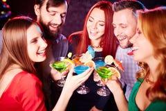 Groupe d'amis heureux Image libre de droits