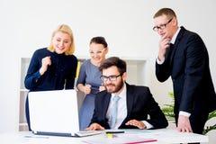 Groupe d'employés de bureau Image stock