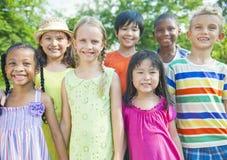 Groupe d'enfants de sourire Images libres de droits