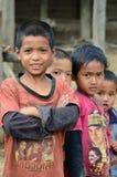 Groupe d'enfants ethniques d'Akha Images stock