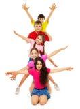 Groupe d'enfants ondulant des mains Photos libres de droits