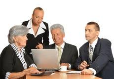 Groupe d'homme d'affaires avec l'ordinateur portable Photos libres de droits