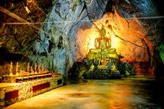 Groupe d'image de Bouddha en caverne Photographie stock