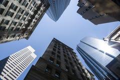 Groupe d'immeubles de bureaux grands Photos libres de droits