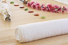 Groupe d'installation de massage prêt pour la détente Photographie stock