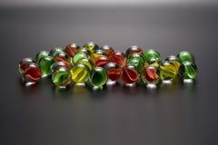 Groupe de boules en verre colorées Photographie stock