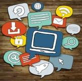 Groupe de bulle de la parole avec des symboles Image stock