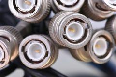 Groupe de câbles avec des connecteurs de BNC photos stock