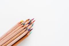 Groupe de crayon avec le corps en bois et les astuces colorées Images libres de droits
