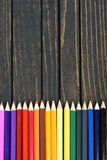 Groupe de crayon sur la table Image libre de droits